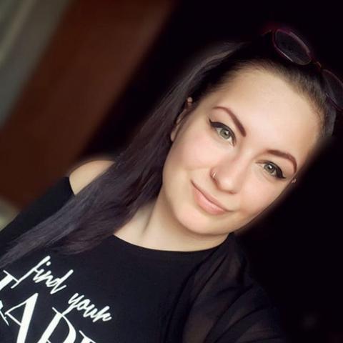 Laura, 22 éves társkereső nő - Pécs