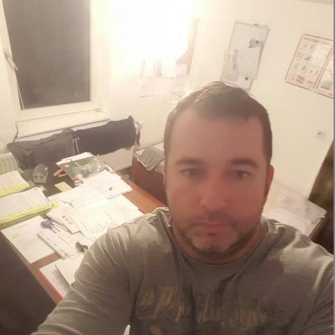 Csaba, 41 éves társkereső férfi - Kecskemét